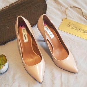 • Steve Madden • NWOT Pointed Toe Heels
